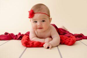 8 کاری که انجام آن توسط نوزاد شما را غافلگیر می کند