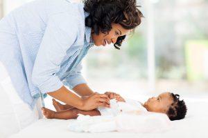 دلایل اسهال نوزاد | پیک ناردانام | سلامت و زیبایی